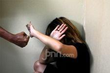 Kekerasan pada Perempuan dan Anak Meningkat 5 Kali Lipat Selama Pandemi Covid-19 - JPNN.com