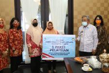 Salurkan Bantuan Koban Gempa Mamuju, Dharma Wanita Kemnaker Harap Sulbar Bangkit - JPNN.com
