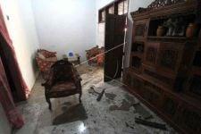 Rumah Ini Rusak Akibat Kebakaran Kilang Minyak Balongan Indramayu - JPNN.com