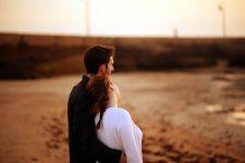 Waspada Ladies, Ini 5 Tipe Pria yang Berniat Selingkuh - JPNN.com