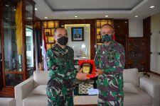 Jenderal Andika Bantu APD untuk RS TNI AD Kodam XVII/Cendrawasih - JPNN.com
