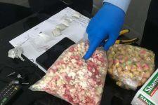 Petugas Lapas Temukan 2 Bungkusan Hitam Mencurigakan, Isinya, Ya Ampun - JPNN.com