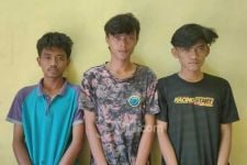 Tiga Pemuda Digerebek Polisi saat Berbuat Dosa di Sebuah Rumah, Tuh Tampangnya - JPNN.com