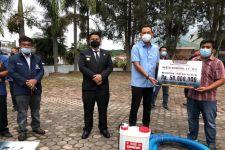 Reses ke Samosir, Bang Martin bersama Bupati Vandiko Serahkan Bantuan untuk Kelompok Tani - JPNN.com