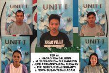 3 Pria dan 2 Wanita Tepergok Berbuat Dosa di Rumah Kontrakan - JPNN.com