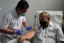 Ketua DPD LaNyalla Disuntik Dokter Terawan Menggunakan Vaksin Nusantara - JPNN.com