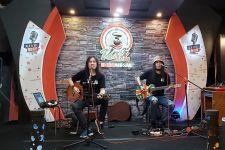 PPKM Level 4 Diperpanjang, Arek Band Garap Lagu Agustusan - JPNN.com Jatim
