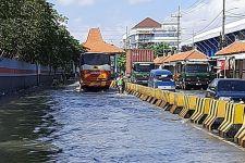 Jawa Timur Terancam Diterjang Gelombang Laut Tinggi Selama Tiga Hari - JPNN.com Jatim