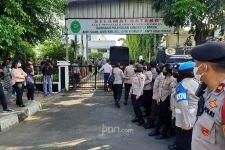 Ribuan Personel TNI-Polri Diterjunkan di Sidang Vonis Habib Rizieq - JPNN.com