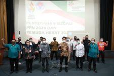 Kemenpora Serahkan Medali kepada Pemuda Hebat 2021 dan PPN 2020 - JPNN.com