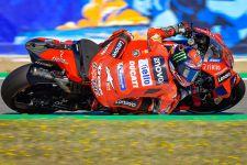 7 Kali Diserang Marquez, Bagnaia Juara MotoGP Aragon, Pecah Telur - JPNN.com
