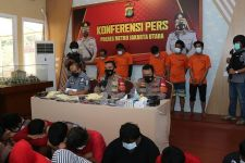 Polisi Bongkar Pesta Narkoba Berkedok Liburan Keluarga di Vila Cipanas - JPNN.com