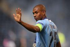 Manchester City Bakal Lepas Gelandang asal Brasil - JPNN.com