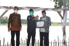 Gus Menteri Beri Penghargaan untuk 170 Desa di Lamongan yang Tuntaskan Data SDGs - JPNN.com
