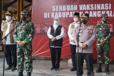Khofifah Disentil soal Rencana Lockdown Total di Jawa Timur, Jawabannya.... - JPNN.com Jatim