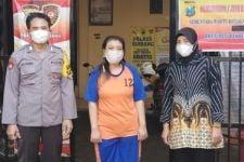 Warung Kopi Pangku Mami Anis Digerebek, Sejoli Baru Selesai Begituan - JPNN.com Jatim