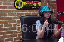 Denise Chariesta Sebut Dewi Perssik Tak Layak Jadi Artis - JPNN.com