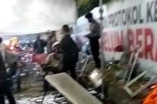 Puluhan Pengendara Mengamuk dan Merusak Fasilitas di Pos Penyekatan Suramadu, Ya Ampun - JPNN.com