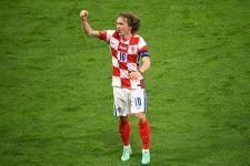 Bahagianya Luka Modric Bawa Kroasia Lolos 16 Besar EURO 2020, Ukir Rekor Baru Juga - JPNN.com