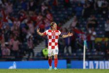 Lihat Lagi Gol Cantik Luka Modric yang Bawa Kroasia ke 16 Besar EURO 2020 - JPNN.com