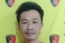 Kalian Bakal Kaget Lihat Isi Celana Dalam Erwin, Tuh! - JPNN.com Jatim