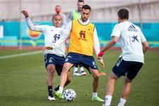 Spanyol Mainkan Torres dan Gaya dari Menit Awal, Busquets Bilang Begini - JPNN.com