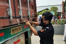 Manfaatkan Kawasan Berikat dari Bea Cukai Yogyakarta, Perusahaan ini Ekspor 9 Ton APD ke Belgia - JPNN.com