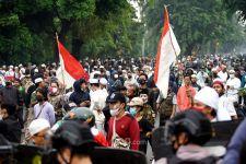 Massa Berkerumun di Sidang Habib Rizieq, Begini Respons Novel - JPNN.com