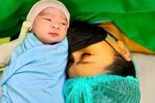 Anaknya Mirip Suami, Tata Janeeta: Aku Enggak Dianggap - JPNN.com
