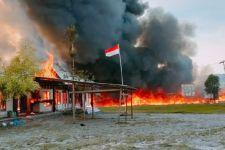 Setelah Membakar Kantor KPU, Kini Massa Menutup Akses ke Bandara - JPNN.com