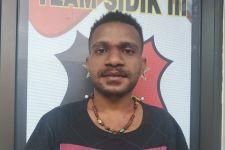 Mahasiswa Asal Papua Barat Bertindak Nekat di Surabaya, Terekam CCTV - JPNN.com