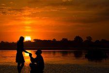 5 Alasan Anda Ragu Menikahi Kekasih - JPNN.com