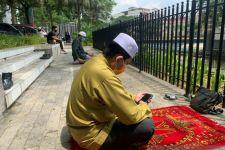 Total Lockdown, Malaysia Larang Salat Berjamaah di Masjid? - JPNN.com