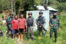 TNI Gelar Karya Bakti di Distrik Minage Kabupaten Tolikara - JPNN.com