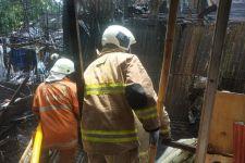 Kebakaran Bengkel Las di Cakung, Sebegini Taksiran Kerugiannya - JPNN.com