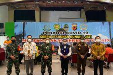 Bupati Indramayu Apresiasi Pelaksanaan Vaksinasi Tahap 2 di Pertamina RU VI Balongan - JPNN.com