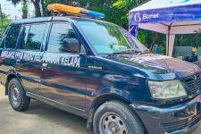 Bu Lurah Siska Rela Mobil Dinasnya Disulap Jadi Ambulans Jenazah Covid-19, Lihat - JPNN.com
