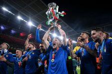 Juara EURO 2020, Segini Bonus yang Mengucur ke Kantong Pemain Italia - JPNN.com