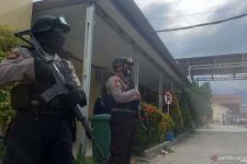2 Jenazah Teroris MIT Poso Dikawal Polisi Bersenjata Laras Panjang - JPNN.com