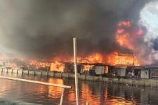 Kebakaran Besar Hanguskan Ratusan Rumah di Penjaringan, Sudah 3 Jam Lebih Belum Padam - JPNN.com
