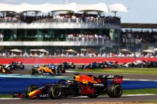 Sprint Race GP Inggris: Max Verstappen Bikin Lewis Hamilton Malu - JPNN.com