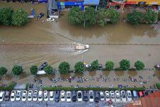 Jutaan Orang Terdampak Banjir Besar China, Bagaimana Kondisi WNI di Sana? - JPNN.com