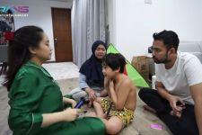 Rambutnya Dipotong Nagita Slavina, Rafathar Histeris - JPNN.com