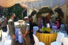 'Tamu Tak Diundang' Datangi Pesta Pernikahan, Semua Langsung Bubar - JPNN.com