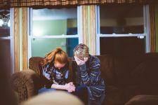 3 Alasan Pasangan Berani Selingkuh Meski Hubungan Asmara Bahagia - JPNN.com