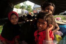 Speedboat yang Ditumpangi 4 Wanita Pengungsi Rohingya Rusak di Tengah Laut - JPNN.com