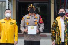 Lewat Kepolisian, AMPG Bagikan Ribuan Paket Nasi Siap Saji  - JPNN.com