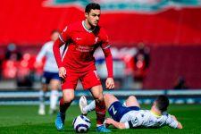 Jules Kounde Semakin Dekat ke Chelsea, Sevilla Pantau Mantan Bek Liverpool? - JPNN.com