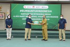 Petrokimia Gresik Salurkan Bantuan 11.812 Paket Imun ke 9 Desa - JPNN.com