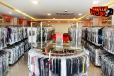 Gorilla Coach, Toko Licensed Band Merchandise Terlengkap di Bandung - JPNN.com